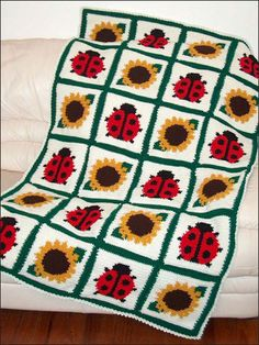 Free Crochet Ladybug Blanket Pattern : 1000+ images about Crochet ladybugs on Pinterest Crochet ...
