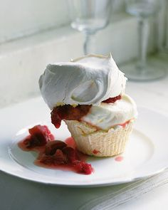 Take extra care filling cupcake liners with meringue. It is important that none of the meringue spills over the liner onto the muffin tin because it will make removing the baked cupcakes difficult.