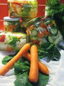 ΜΑΓΕΙΡΙΚΗ ΚΑΙ ΣΥΝΤΑΓΕΣ 2: Τουρσί !!! Greek Recipes, Fresh Rolls, Pickles, Carrots, Vegetables, Ethnic Recipes, Food, Jars, Essen
