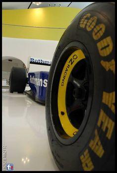 f1 Williams FW15 Ayrton Senna- Tano V12 — presso Museo Ferrari Maranello Modena İtaly. 1