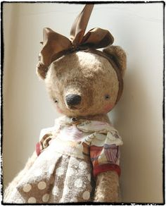 Love that sweet face!   13 bears by Sasha Pokrass: New toys available on my EtSy!