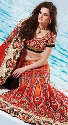 #ethnic #fashion #lehengalove #goorange #orangelove #wedding #bridalfashion #lovefashion #fashionblog https://www.facebook.com/nikhaarfashions