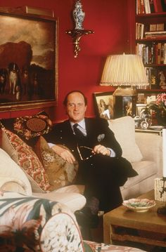 """Mario Buatta, """"The Prince of Chintz"""".  This is my favourite room of all time and inspired me to decorate English Country Style!"""