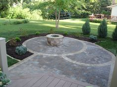 Exceptionnel New Ideas Round Patio With Curvy Walkway With Circular Patio