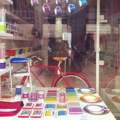 Pantone shop in Corso Magenta, Milano