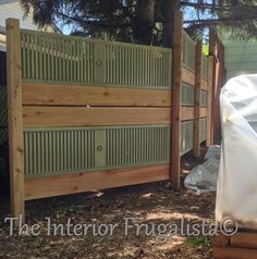 DIY Garden Screen From Repurposed Louvered Bi-Fold Doors - Would make a cool headboard. Old Louvered Doors Repurposed Informations About DIY Garden Screen From - Louvered Bifold Doors, Louvered Door Ideas, Cottage Shutters, Diy Shutters, Bedroom Shutters, Porte Diy, Cool Headboards, Louvre Doors, Shutter Projects