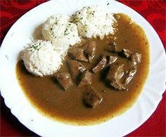 Jatra na cibulce, rýže Czech Recipes, Ethnic Recipes, Thai Red Curry, Food And Drink, Beef, Breakfast, Cooking, Eten, Meat