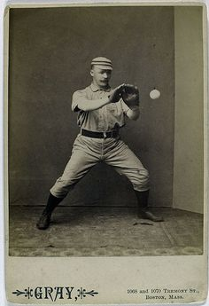 strange funny vintage baseball photos from the Baseball Fight, Baseball Star, Baseball Photos, Baseball Games, Baseball Jerseys, Sports Photos, Baseball Quilt, Funny Baseball, Famous Baseball Players