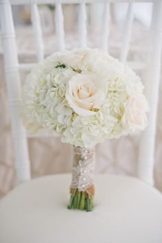 Absolutely gorgeous bouquet!