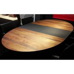 Arco tafel Spazio - Amerikaans noten Duramas Slijkhuis interieur design