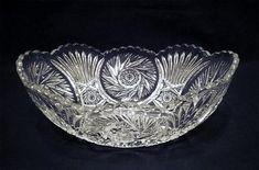 Riihimäen Lasi Oy glassworks - Glass bowl 'Venemalja', Height cm l. 22 cm, w. Glass Design, Design Art, Minnen, Finland, Modern Contemporary, Retro Vintage, Nostalgia
