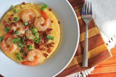 Smoky Bacon and Cheddar Shrimp and Grits | Girl Cooks World
