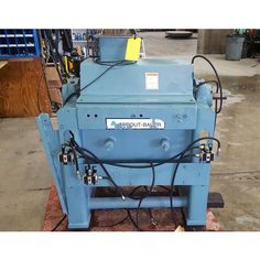 (8) 25 in. wide knives.  15 in. diameter rotor.  Model: DSF 1524.  4 in. x 8 in. flanged product inlet.  Requires 25 HP motor.    230V.  1800 rpm.           View moreRecycling & Grinding...