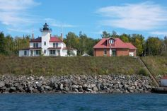 Raspberry Island Lighthouse http://joefollansbee.com/photos/lighthouses/
