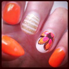 #nailart #belladonna #kim #neon #flower #gold #glitter