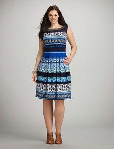 Fabulosos vestidos cortos para gorditas jóvenes 2015