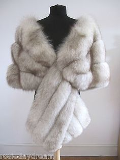 VTG IVORY WHITE ARCTIC BLUE NORWEGIAN FOX REAL FUR STOLE WRAP CAPE SHRUG WEDDING in Clothes, Shoes & Accessories, Women's Clothing, Coats & Jackets | eBay
