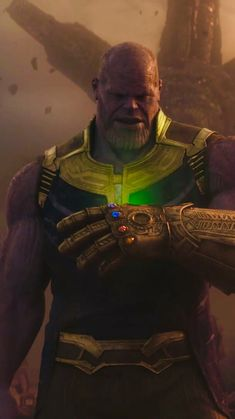 thanos in infinity war Marvel Universe, Thanos Marvel, Marvel Dc Comics, Marvel Heroes, Marvel Avengers, Comic Villains, Marvel Characters, Avengers Series, Marvel Wallpaper