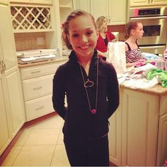 Maddie Ziegler in the kitchen. Maddie And Mackenzie, Mackenzie Ziegler, Maddie Ziegler, Abby Lee, This Girl Can, Models, Age, Dance Moms, Dancer