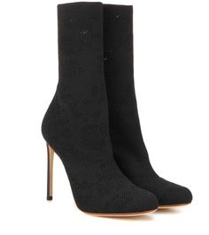 FRANCESCO RUSSO Knitted ankle boots. #francescorusso #shoes #boots