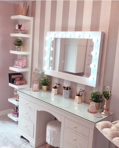 Make Up Room Decor Ideas The make-up room is one of the most special places in the house for ladies. They spend a long time in front of the mirror. - Make Up Room Decor Ideas — decoration Room Makeover, Makeup Rooms, Room Inspiration, Stylish Bedroom, Makeup Room Decor, Room Decor, Bedroom Decor, Cute Room Decor, Girl Bedroom Decor