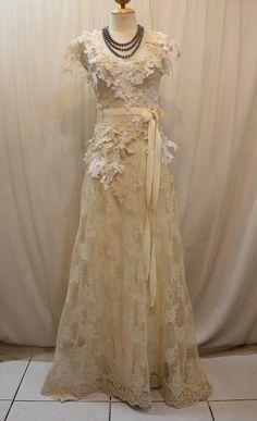 Custom Made Elegant Lace Wedding Dress by Madabby on Etsy, $378.00