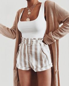 Mode inspo – Short - Skirt Outfits Weekend Outfits of November Cute Casual Outfits, Cute Summer Outfits, Spring Outfits, Cute Shorts Outfits, Pretty Outfits, Tumblr Summer Outfits, Cute Summer Tops, Stylish Outfits, Casual Shorts