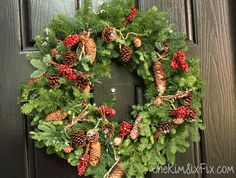 rustic-natural-pine-cone-and-greenery-wreath.png (600×455)