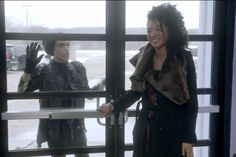 Michael Jackson's Family Sues Radar Online for $100 Million Over ...