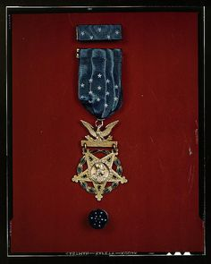 1944 - Medal of Honor, Library of Congress photo