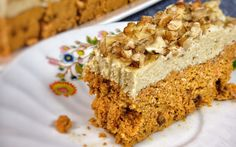 <p>This carrot cake is spicy and flavorful. </p>
