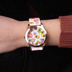 Cindiry Wristwatches Fashion Quartz Watch Floral Design Life Water Resistant Watch Women Relogio Feminino Watches Girls P30