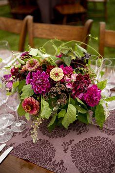 Centerpiece (Floral Design: Ariella Chezar) - Laura & Robert   Late Summer Farm Wedding in Vermont by Belathée - via Snippet & Ink