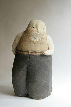 Anne-Sophie Gilloen-France- - voyage à travers l'art du monde Sculptures Céramiques, Sculpture Art, Art Du Monde, Anne Sophie, Statue, Doll Clothes, Polymer Clay, Alice, Objects