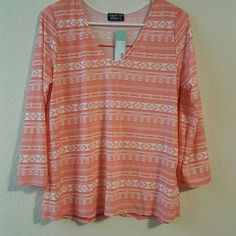 Selling this New with tags on Poshmark! My username is: bweitz17. #shopmycloset #poshmark #fashion #shopping #style #forsale #Tops