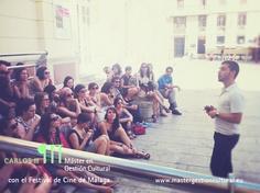 Atendiendo a los profesionales del Festival de Málaga a pié de calle #MGC9ed