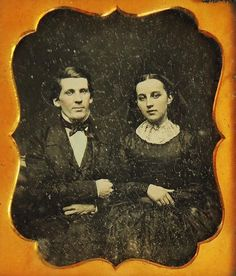 ORIGINAL DAGUERREOTYPE Victorian YOUNG COUPLE SIXTH PLATE c1840 s