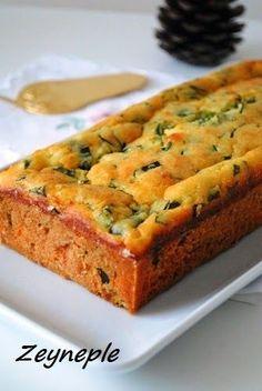 Kış geldi kekler börekler çörekler de eksik olmamaya başladı bizim mutfaktan :) Eminim bir çoğunuzda durum budur:) Nisana kadar tam gaz d...