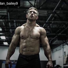 I cannot believe he's so close in Spain and I'm here in Belgium missing the opportunity of a lifetime. #inspiration #motivation #greathumanbeing  #Repost @dan_bailey9 with @repostapp.  Getting close #Regionals #Acts20:24 #ConsiderItNothing  Photo: @sevanmatossian
