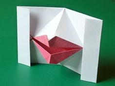 Make this delightful origami valentine card with pop-up kissing lips. It's fun and unique valentine card idea that's also quick and easy to make. Pop Up Valentine Cards, Valentines Origami, Pop Up Cards, Valentine Crafts, Valentine Ideas, Holiday Crafts, Origami Cards, Origami Gifts, How To Make Origami