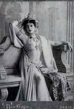 "Mata Hari : Margaretha Geertruida ""Grietje"" Zelle MacLeod - See more at: http://www.adancersprism.com/category/costume/page/2/#sthash.RbR38L6z.dpuf"