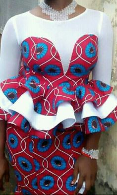 How do you want your ankara blessings to come? Ankara's prints and fabrics are really a blessing to mankind. The ankara styles you will be seeing are so sweet and lovely. Modern African Print Dresses, African Lace Styles, African Wear Dresses, African Traditional Dresses, African Attire, Ankara Styles, African Style, African Outfits, African Fashion Designers