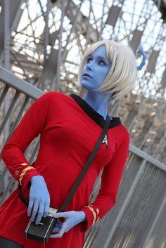 Sexy Star Trek Cosplay.