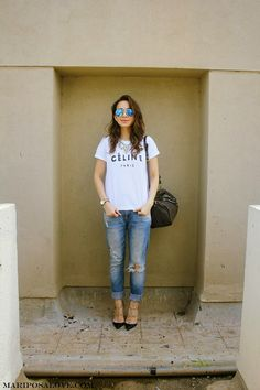 Celine tshirt, ripped jeans, valentino rockstud heels, louis vuitton speedy bag and rayban sunglasses : Outfit street style