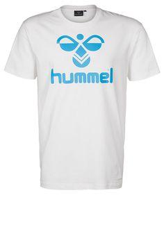Hummel T-Shirt print - white - Zalando.de #HU342B00B-A11 #Hummel #null #weiss #weiß #white #blau #blue #print #aufdruck #sportlich #lässig #alltag #jeans #cool #männer #sport #fußball #spielen #bolzen - Handball spielen - Handball spielen