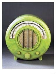 Art Deco Lime Green Bakelite Radio