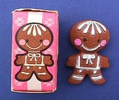 Avon Pin GINGERBREAD
