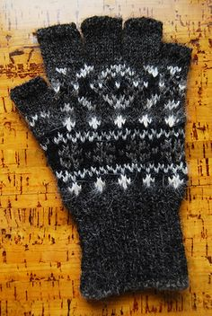 Ravelry: Ruby Wine Composite pattern by Wilma Malcolmson