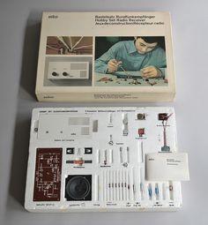 Bastelsaty Rundfunkempfänger (Hobby Set Radio Receiver), Designed by Dieter Rams and Jurgen Greubel, 1967