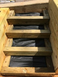 How to Make Timber and Pea Gravel Stairs • The Reaganskopp Homestead Outdoor Wood Steps, Patio Steps, Landscaping Retaining Walls, Small Backyard Landscaping, Sleeper Steps, Timber Stair, Landscape Stairs, Back Garden Design, Magic Garden